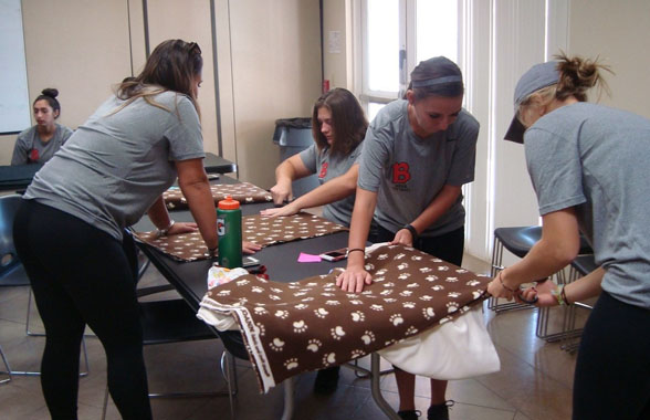 Photo for BenU Softball Helps Out at Local Humane Society